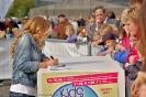 Rita Gueli - Autogrammstunde bei der Kids Parade 2013 Berlin_3